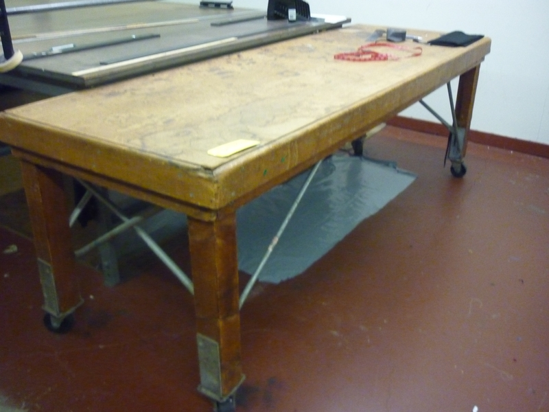 portable cloth cutting table - Item # 17057 - United Textile Machinery Corp.