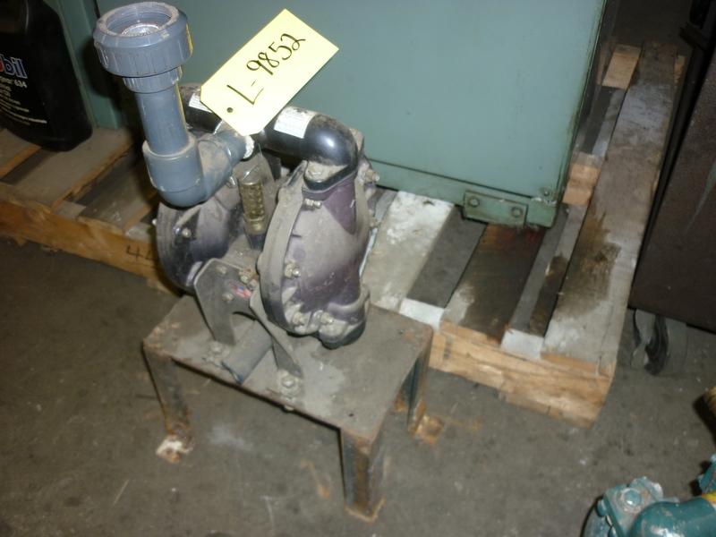 Pneu. Diaphragm Pump L-9852 - Item # 17102 - United Textile Machinery Corp.