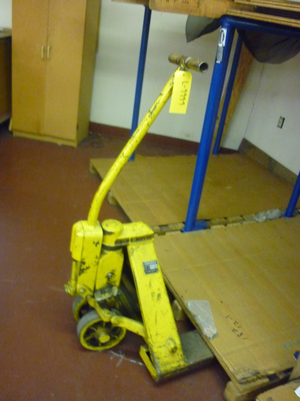 manual pallet jack - Item # 17055 - United Textile Machinery Corp.